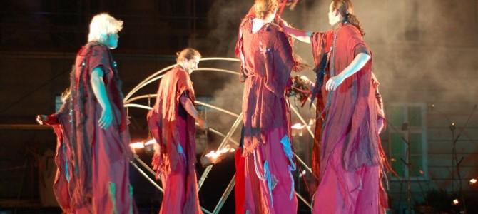 Sierpniowa Noc Folkowa z Teatrem Ognia
